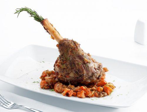 Αρνάκι με τραχανά και λαχανικά
