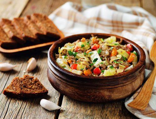 Λάχανο με ραγού από μοσχαρίσιο κιμά