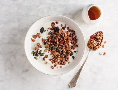 Σπιτική Γκρανόλα με μέλι, ξηρούς καρπούς και Εξαιρετικό παρθένο ελαιόλαδο Χρυσελιά