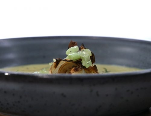 Σούπα σελινόριζας με μουστάρδα και κάρυ